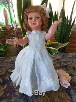 48cm belle poupée GéGé années 40, tout d origine, robe organdi bleue superbe