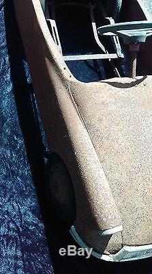 ANCIENNE VOITURE A PÉDALE CITROEN DS 1963 MG métal, loft, usine, vintage, atelier