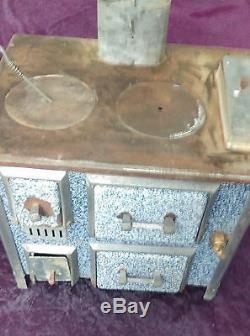 ANCIEN JOUET petite cuisinière émaillée bleu, jouet, collection, poupée