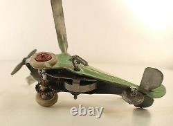 AR France n° 50 Autogyre vert amande en métal hélicoptère moteur rare 11 cm