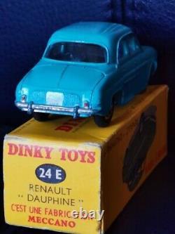Ancien DINKY TOYS MECCANO RENAULT DAUPHINE 24E + BOITE 1/43