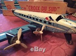 Ancien avion joustra la croix du sud