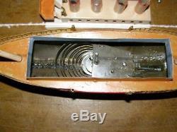 Ancien jouet Bing bateau navigable mécanisme mécanique à ressort, 1915/1920