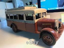 Ancien jouet CIJ car fabrication artisanale