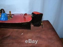 Ancien jouet D'Angéli bateau de course en tôle navigable, moteur électrique