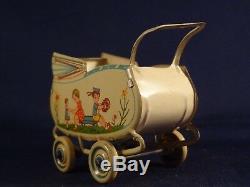 Ancien jouet petit landau tôle poupée enfant jeux fleurs WGermany Distler GÖSO