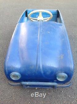 Ancienne Voiture A Pedale Renault Dauphine Devillaine