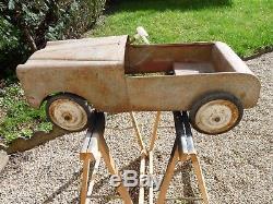 Ancienne Voiture A Pédales Peugeot 403 En Tôle Mg Morellet Guerineau Pedal Car
