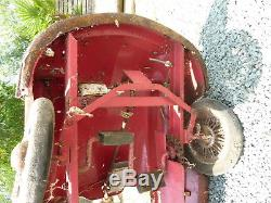 Ancienne voiture a pedales DS années 60 pedal car