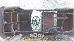 Ancienne voiture à pédales enfant PEUGEOT 404 1960, jouet, moto, cyclo, no émaillé