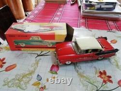 Années 60 JOUSTRA Plymouth bevedère noire et rouge en TTBE avec boite BE