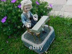 Automate Farkas tête porcelaine, pianiste joue du piano Musique Mozard