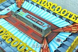 Autostcooter jouet ancien auto-tamponneuse vers 1950-1960
