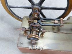 BELLE MACHINE A VAPEUR miniature du XIXème. Travail de maîtrise. 2