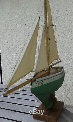 Bateau voilier de bassin BVO