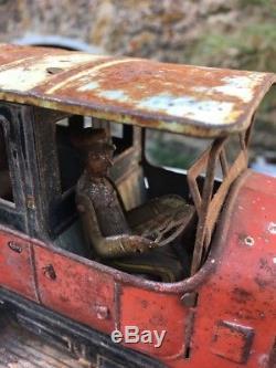 Belle VOITURE Chauffeur Tôle jouet ancien CR CHARLES ROSSIGNOL Sortie Grenier