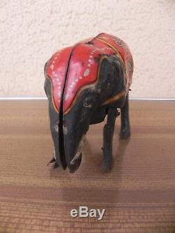Blomer & Schüler, Germany Tin Jumbo Elephant with clockwork motor, jouet tole