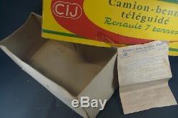 CIJ FRANCE. Tôle. RENAULT 120 CV. (électrique) REF 6/35. + boite. (lot2)