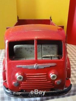 CIJ Renault Fainéant 120 CV benne tôle 1956 6/34 jouet ancien C. I. J