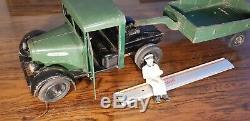 CIJ jouet renault ancien vintage 1935 tôle camion 5T de 62 cm avec chauffeur