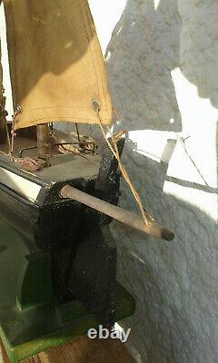 Canot Bateau Voilier de bassin BVO
