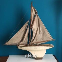 Canot bateau voilier de bassin NOVA N°7 / jeu, jouet, maquette