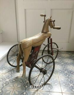 Cheval tricycle jouet ancien
