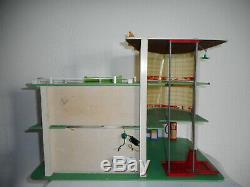 DEPREUX GARAGE 1966 ESSO 47 cm x 30 cm hauteur 36 cm