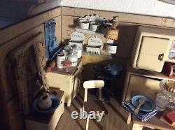 Dinette ancienne cuisine et toutes ces accessoires