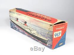 JEP 917 Paquebot Mécanique Le France avec boite d'origine Bateau Tôle