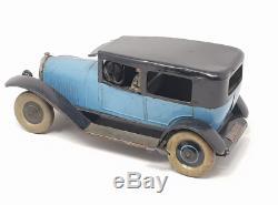 JEP (Paris, 1930) berline mécanique AVION VOISIN avec chauffeur