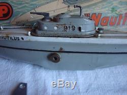 JEP. Sous marin, canot de bassin. Nautilus avec boite et clé d'origine
