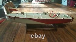JEP canot de vitesse N°3 mécanique rouge et crème avec pilote jouet ancien