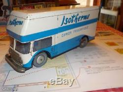 JOUSTRA FORD CARGO ISOTHERMEréf 482