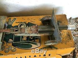 Jouet ancien JOUSTRA camion militaire avec canon et sa boite