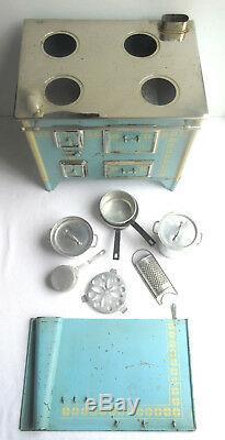 Jouet meuble poupée signé UNIS FRANCE JEP, cuisinière tôle bleue et dinette alu