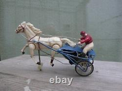 Lot Tiercé Sulky 6 jouets anciens jockeys petits chevaux de circuit, années 60