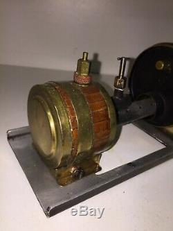 Machine à vapeur ancienne laiton métal coffrage bois