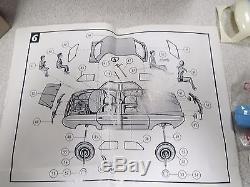 Maquettes Records Kits Renault Dauphine 64 Pieces Ref 250 + Boite Non Monte