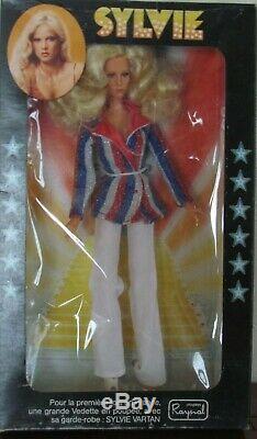 Poupée mannequin Sylvie Vartan par les poupées Raynal