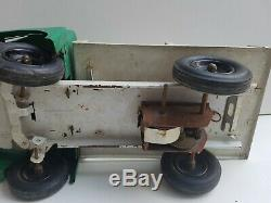Rare CIJ gros camion laitier Saviem jouet ancien en tôle