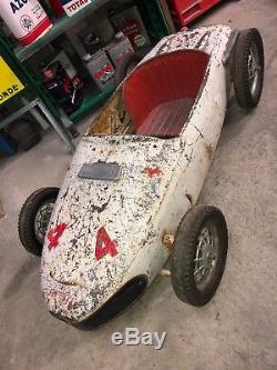 Rare ancienne voiture à pédales Ferrari Spa Francorchamp morellet guerineau