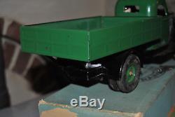 Rare camion vébé version verte quasi neuf + boite avec clé remontage 100% epoque