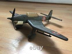 Rare stuka jep dux avion tôle, manque un volet empenage et direction