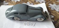 Rare voiture mécanique. 2 SCHUCO auto union grill brevet 1001 W. GERMANY 1936