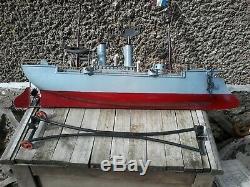 Superbe Et Rare Bateau Boat Bing Canoniere A Eperon En Tole 55 CM