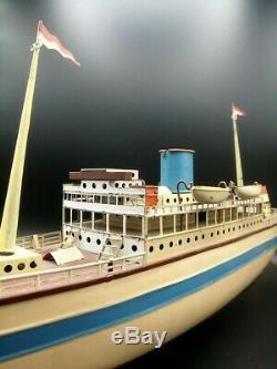 Superbe PAQUEBOT tole FLEISCHMANN GFN 1930 bateau Jouet ancien Tin Ocean liner