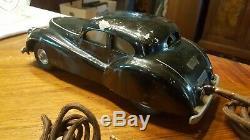 VATY voiture filoguidée en fonte d'aluminium année 50