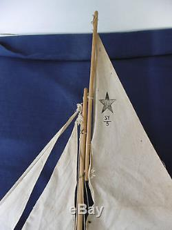 VOILIER DE BASSIN STARYACHT ENGLAND NORTHERN STAR Lg 54 X Ht 61cm BEL ÉTAT