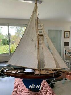 Voilier de bassin 100 VP voilier de la Presqu'île grand bateau sloop
